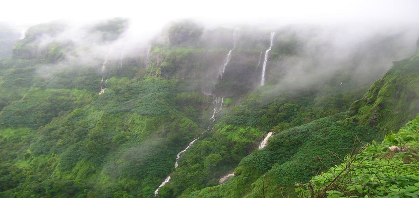 5 reasons to visit Lonavala