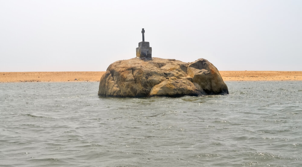 Elephant Rock - Picture of Poovar Island, Trivandrum
