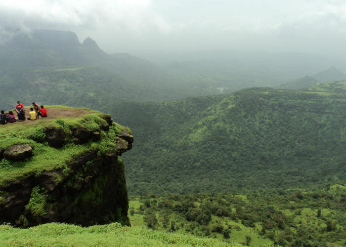 Popular Hill Stations Around Mumbai