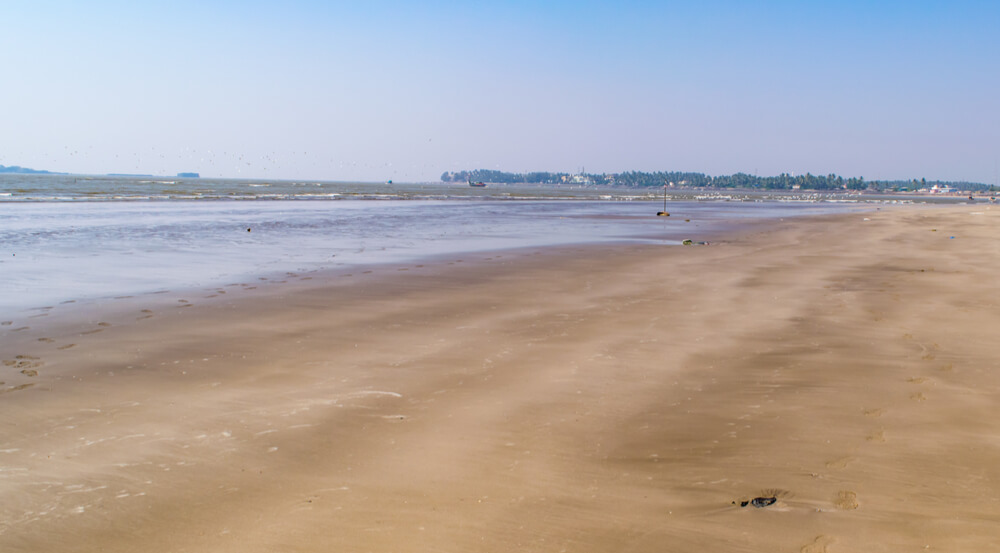 View at Akshi beach, Alibag, Raigad District, Konkan, Maharashtra, India